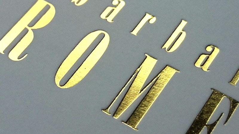 złoty metaliczny nadruk